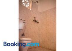 和平龙旅馆 - 博卡拉 - 浴室