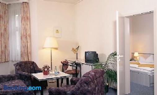 库哈斯可切酒店及餐厅 - 德累斯顿 - 客厅