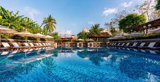 安度假屋度假村及水疗中心 - 会安 - 游泳池