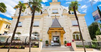 阿玛德利亚公园阿加瓦酒店 - 奥帕提亚 - 建筑