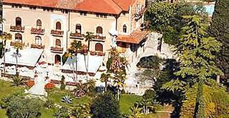 贝尔维尤酒店 - 加尔多内-里维耶拉 - 建筑
