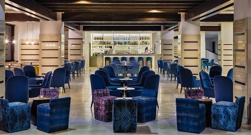 H10艾斯塔波皇宫酒店 - 艾斯塔波 - 酒吧