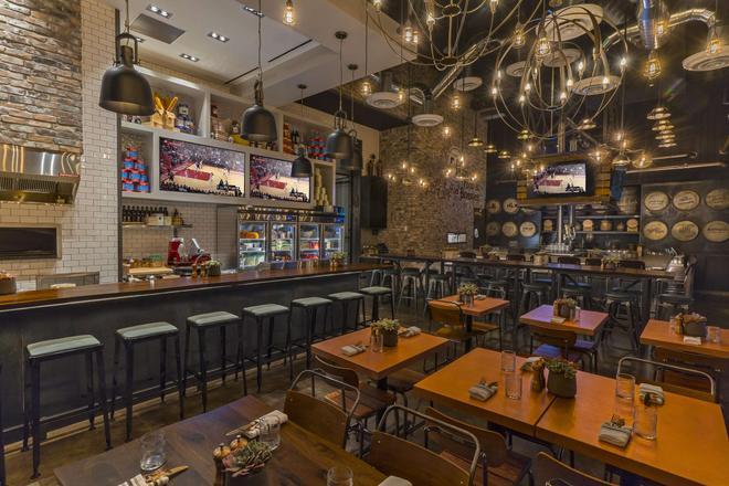 休斯顿上城区波斯特橡树旅馆 - 休斯顿 - 酒吧