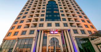 西弗美居全套房酒店 - 麦纳麦 - 建筑