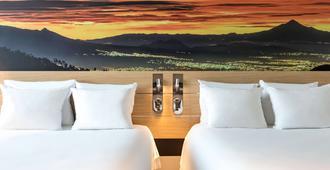 墨西哥城圣达菲诺富特酒店 - 墨西哥城 - 睡房