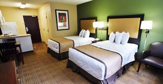 长住美国堪萨斯城南酒店 - 堪萨斯城 - 睡房