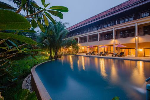 考拉莫辛塔拉度假村 - 拷叻 - 游泳池
