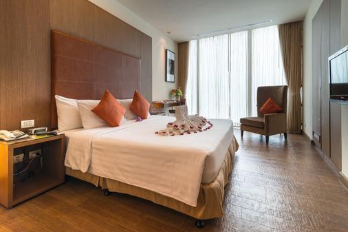 素坤逸昂八酒店 - 曼谷 - 睡房