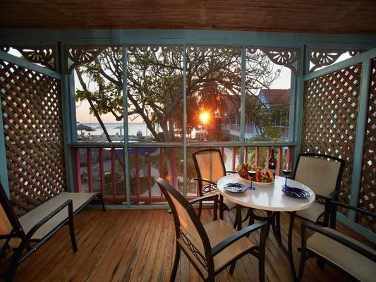迪维火烈鸟海滩度假村及赌场 - 克拉伦代克 - 阳台