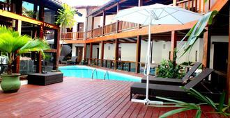 Galeão 酒店 - 塞古罗港 - 游泳池