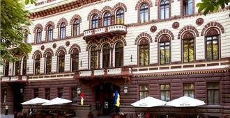 兰登斯卡娅水疗酒店 - 敖德萨 - 建筑