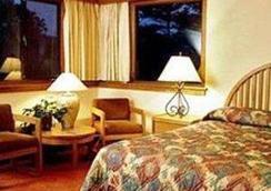 阿西罗玛会务酒店 - 太平洋丛林 - 睡房