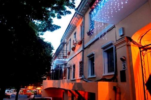 里瓦斯公寓酒店 - 敖德萨 - 建筑