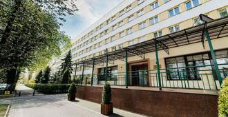 胡扎尔酒店 - 卢布林