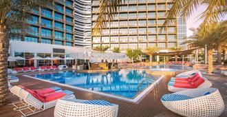 亚斯岛罗塔娜酒店 - 阿布扎比 - 游泳池