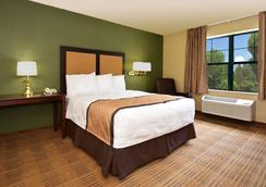 棕榈泉机场美国长住酒店 - 棕榈泉 - 睡房