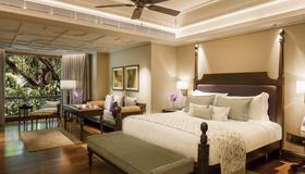 泰姬西尾酒店 - 班加罗尔 - 睡房