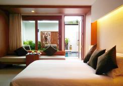 芭东拉弗洛拉度假酒店 - 芭东 - 睡房