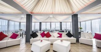 克列奥帕特拉设计酒店 - 那不勒斯 - 客厅