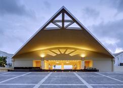 普里斯特尔灵酒店 - 普里 - 建筑