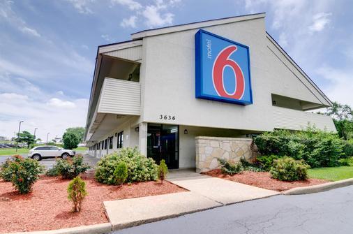 堪萨斯城6号汽车酒店 - 堪萨斯城 - 建筑