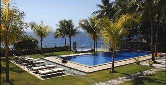 海景潜水度假村图兰奔酒店 - 库布 - 游泳池