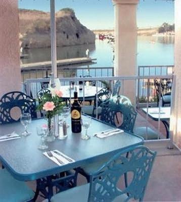 Newport Dunes Waterfront Resort - 纽波特海滩 - 阳台
