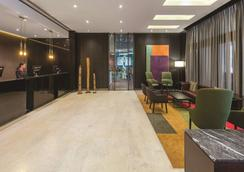 墨尔本阿迪娜公寓酒店 - 墨尔本 - 大厅