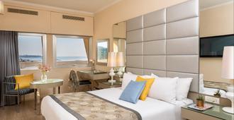 艺术特拉维夫海滩莱昂纳多酒店 - 特拉维夫 - 睡房