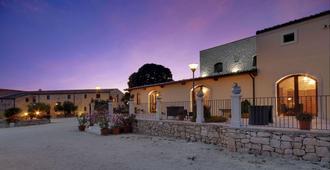 阿日特米斯亚度假村 - 拉古萨 - 建筑