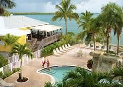情人岛度假酒店 - 迈尔斯堡海滩 - 游泳池