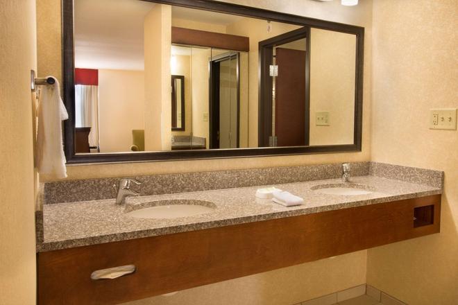 夏洛特大学德鲁里套房酒店 - 夏洛特 - 浴室