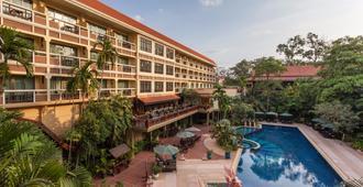 吴哥王子温泉酒店 - 暹粒 - 游泳池