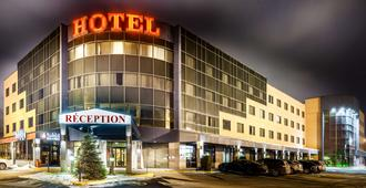魁北克安巴萨多套房酒店 - 魁北克市 - 建筑