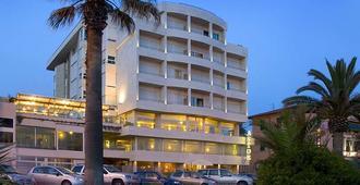 维亚雷焦阿斯托酒店 - 维亚雷焦 - 建筑