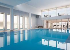 维亚雷焦阿斯托酒店 - 维亚雷焦 - 游泳池