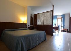 甘比亚诺乡村酒店 - 帕西尼亚诺 - 睡房