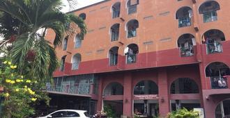 班昆迈公寓酒店 - 曼谷 - 建筑