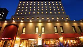 札幌站前鸟巢酒店 - 札幌 - 建筑