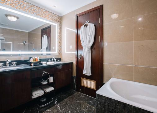 亚的斯亚贝巴金色郁金香酒店 - 亚的斯亚贝巴 - 浴室