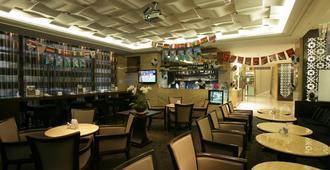 台北福容大饭店 - 台北 - 酒吧