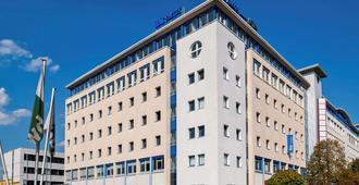 宜必思快捷柏林东部酒店 - 柏林 - 建筑