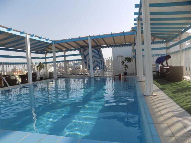 迪拜美梦宫殿饭店 - 迪拜 - 游泳池