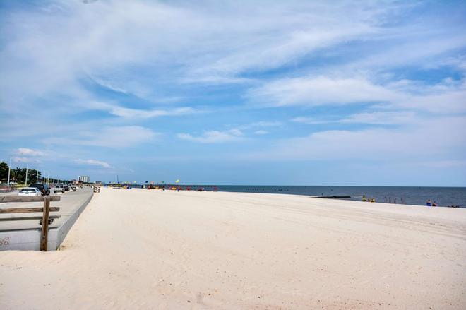 比洛克西6号汽车旅馆 - 海滩 - 比洛克西 - 海滩