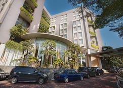塞尔彭瑟尔滨海酒店 - 当格浪 - 建筑