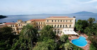 特拉蒙塔诺帝国酒店 - 索伦托 - 建筑