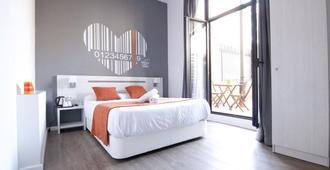 巴塞罗那直播旅馆 - 巴塞罗那 - 睡房