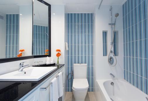芭堤雅湾景酒店 - 芭堤雅 - 浴室