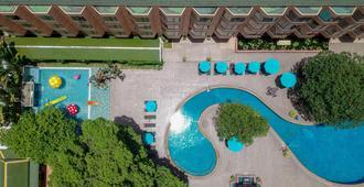 芭堤雅湾景酒店 - 芭堤雅 - 游泳池