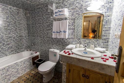 里亚德塔亚娜酒店 - 非斯 - 浴室
